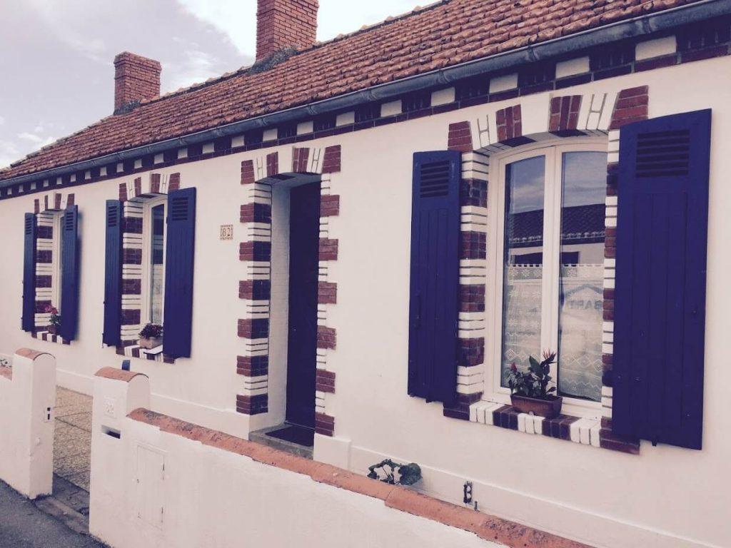Réalisation de pose de volets par Aménagement extérieur par la Menuiserie ROBARD à Noirmoutier